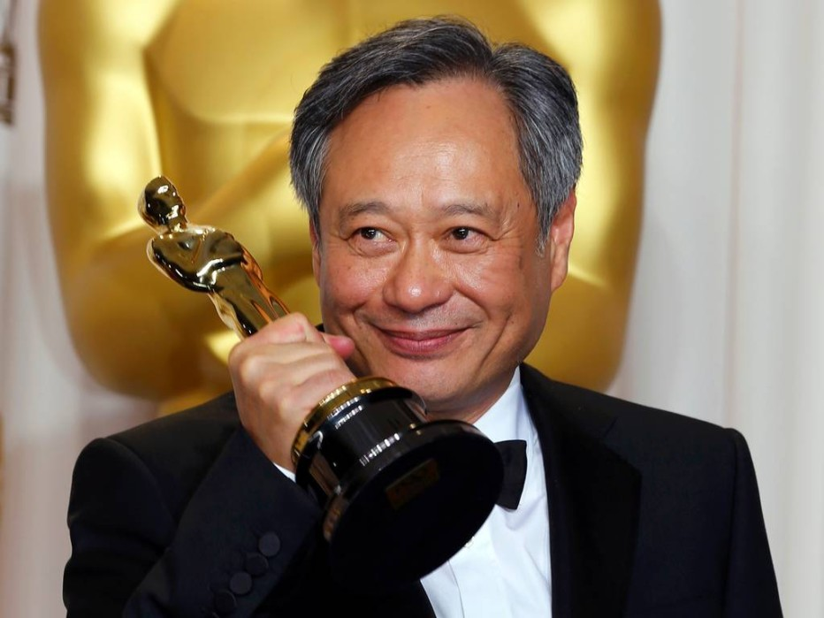 Ang lee s never ending dream life of pi director for Life of pi ending