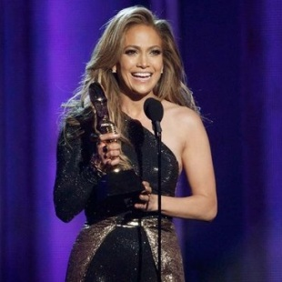 Jennifer Lopez Icons Acceptance Speech